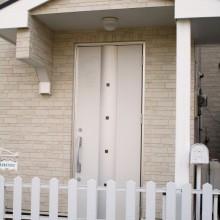玄関ドア : LIXILジャスタ