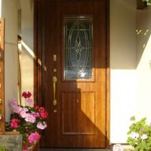 海老名市Y様邸 おしゃれな玄関ドアに