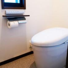 相模原市 I 様邸 最新のトイレに・・・